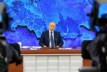 Vladimir Putin: How Covid-19 and 2020 Derailed the Russian President's Plans