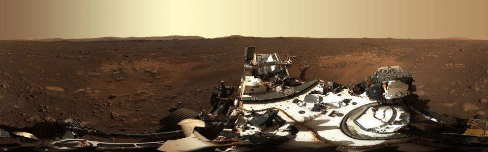 NASA has published its first high-resolution 360-degree panoramic image (Image: NASA / JPL-Caltech / ASU / MSSS)