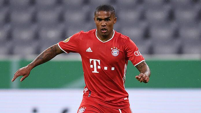 On loan to Bayern Munich for one year: Douglas Costa.