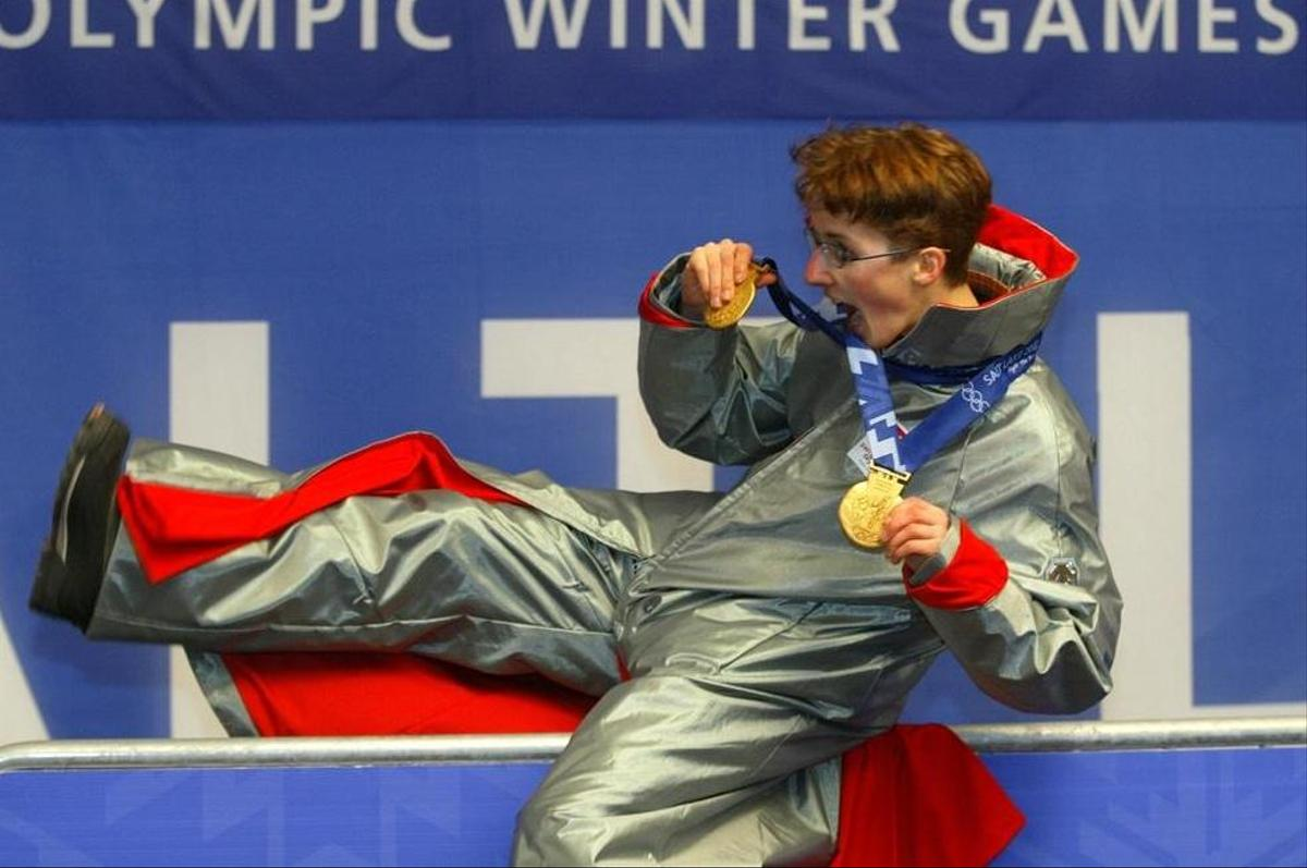 Snowboarder Simon Ammann attracted attention at the 2002 Olympic Games in Salt Lake City, not just because of his sporting success.  Aman in a silver dress after the medal ceremony, where he won two gold medals.