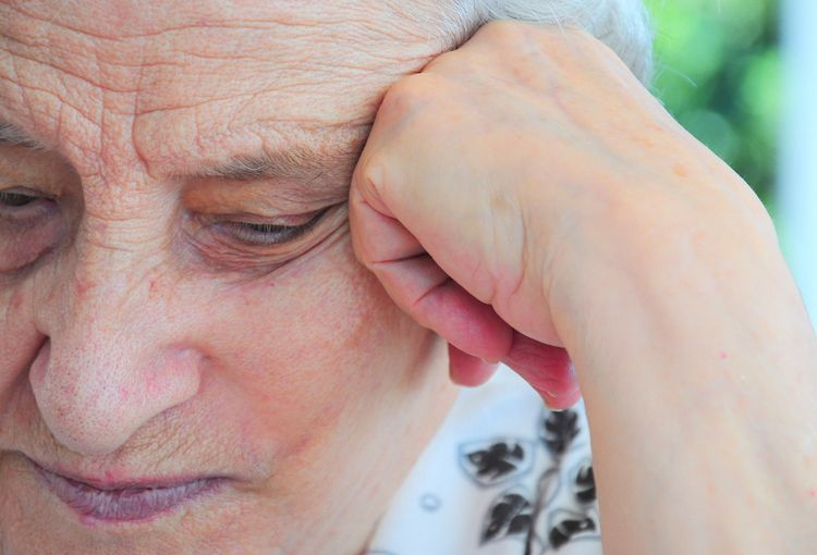 Alzheimer's - Alzheimer's: symptoms and stages