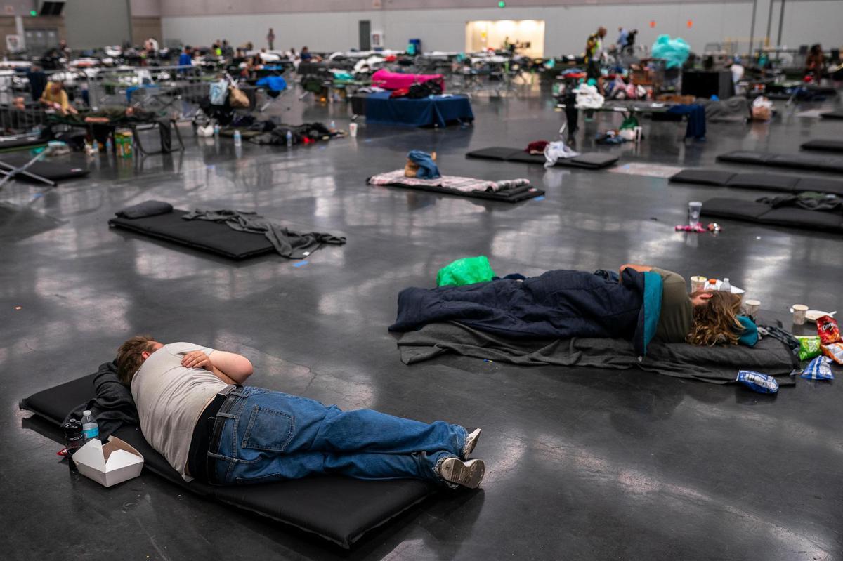 Portlanders seek refuge from the historic heatwave (June 27, 2021 in Portland, Oregon) in the so-called