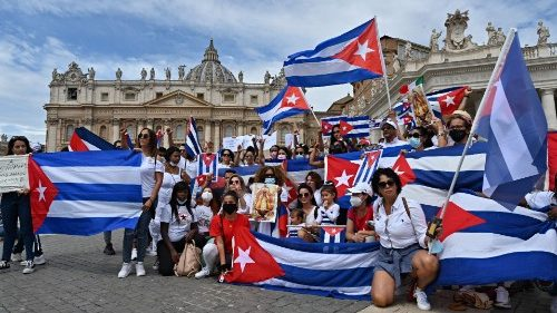 Pope's appeal for Cuba: Society needs justice
