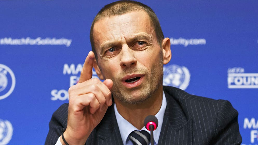 UEFA President Aleksander Ceferin, center, informs the media during a press conference, at the United Nations European headquarters in Geneva, Switzerland, Tuesday, February 13, 2018 (KEYSTONE/Salvatore Di Nolfi)