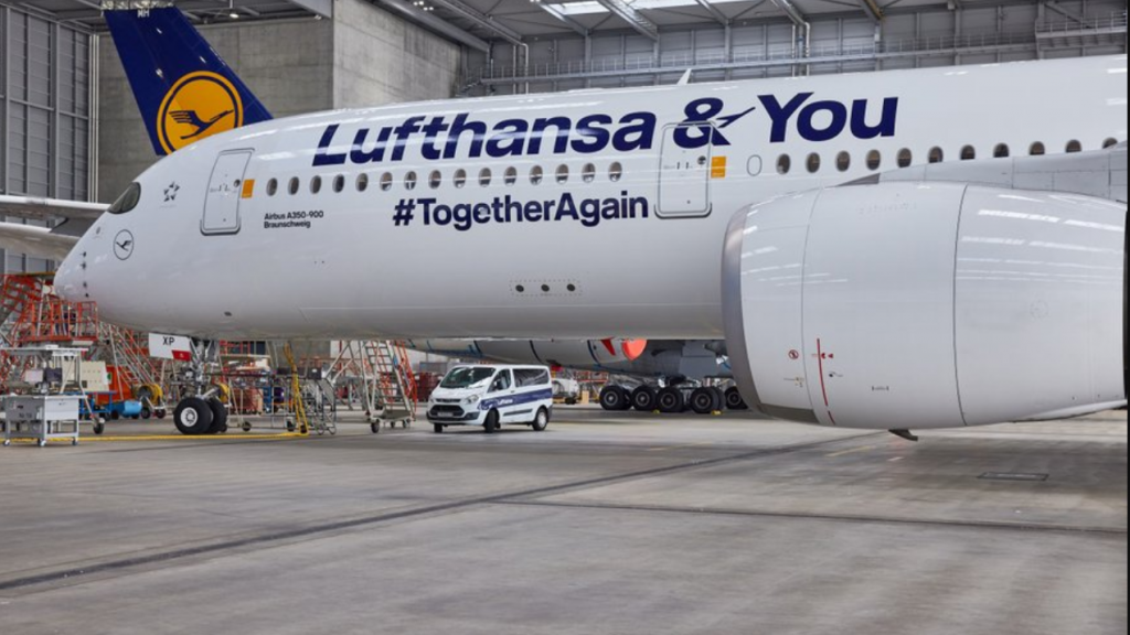 Lufthansa Airbus A350 Special livery